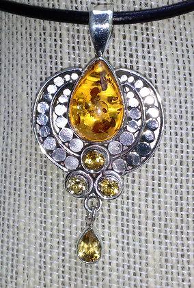 Item # 10138  .925  Amber Pendant