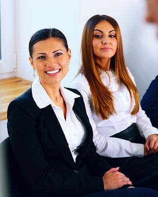 portrait-of-a-businesspeople-on-meeting