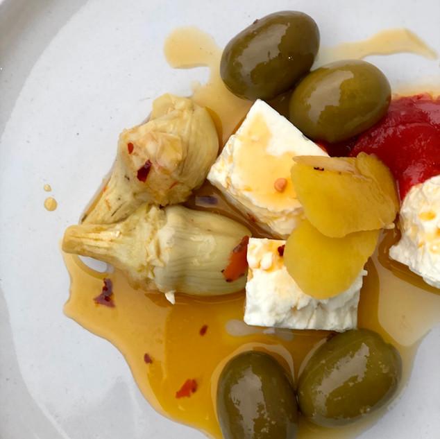 Stella olive artichoke and Feta