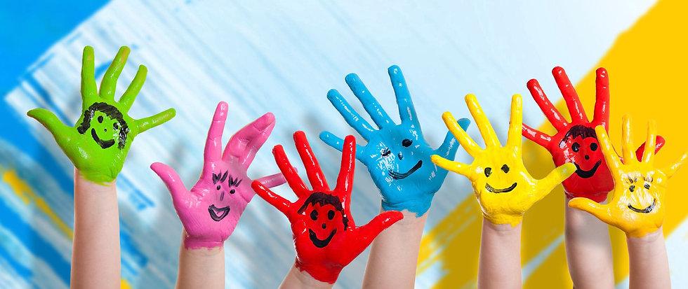hands_paint_children_happiness_positive_