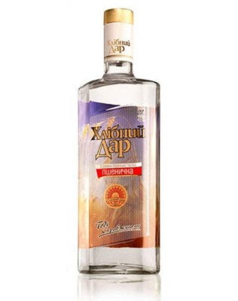 "Водка Хлебный Дар Пшеничная.\ Vodka Hlebniy Dar Wheat ""Pshenichnaya""0.5L. 40%"