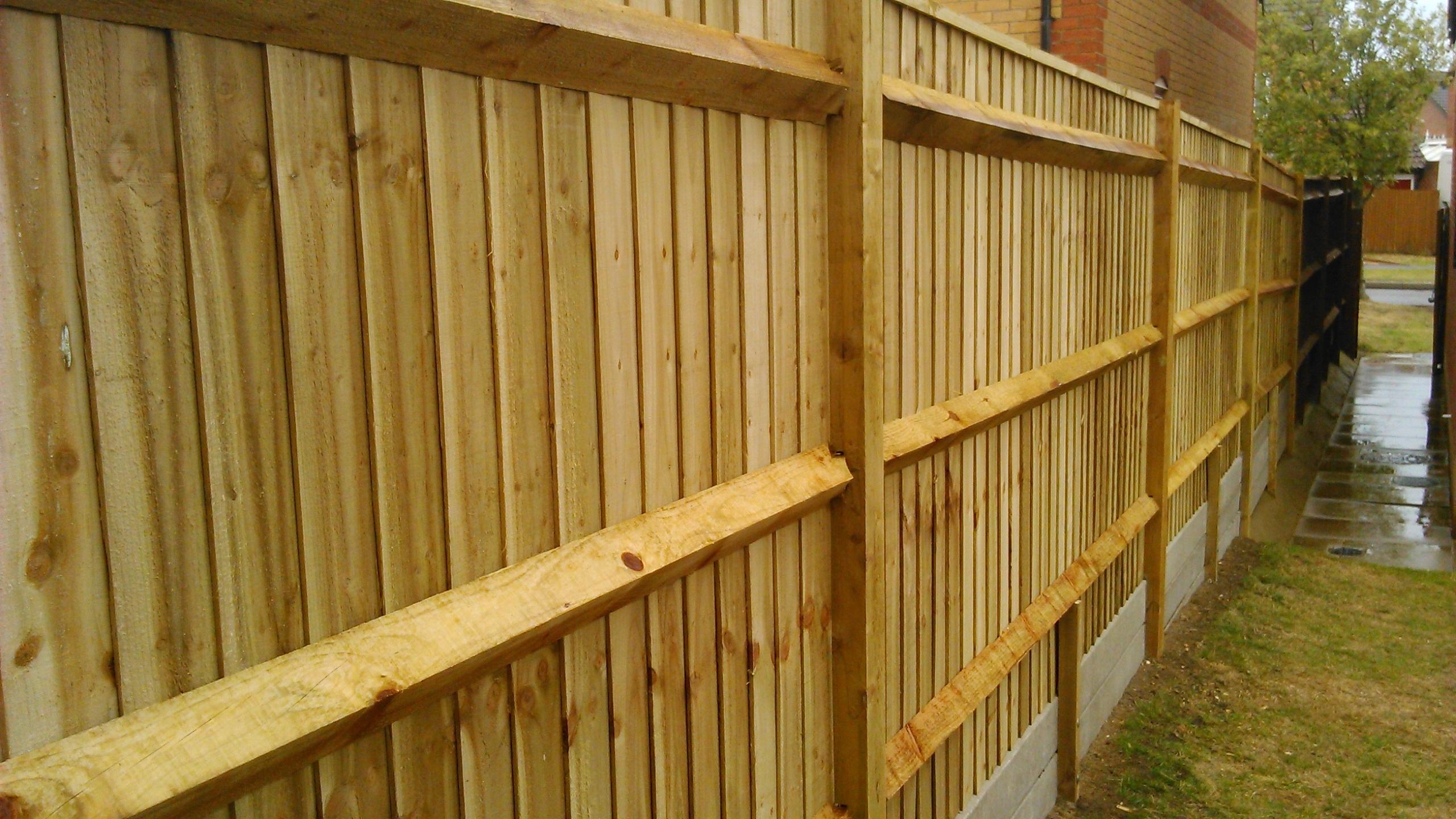 Closeboard fencing - Canford Heath