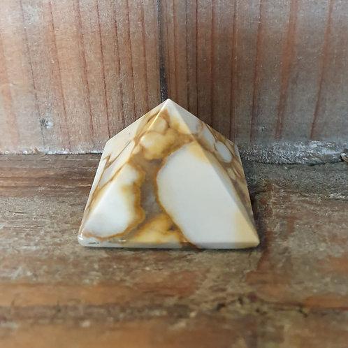 Jaspis Poppy Pyramide