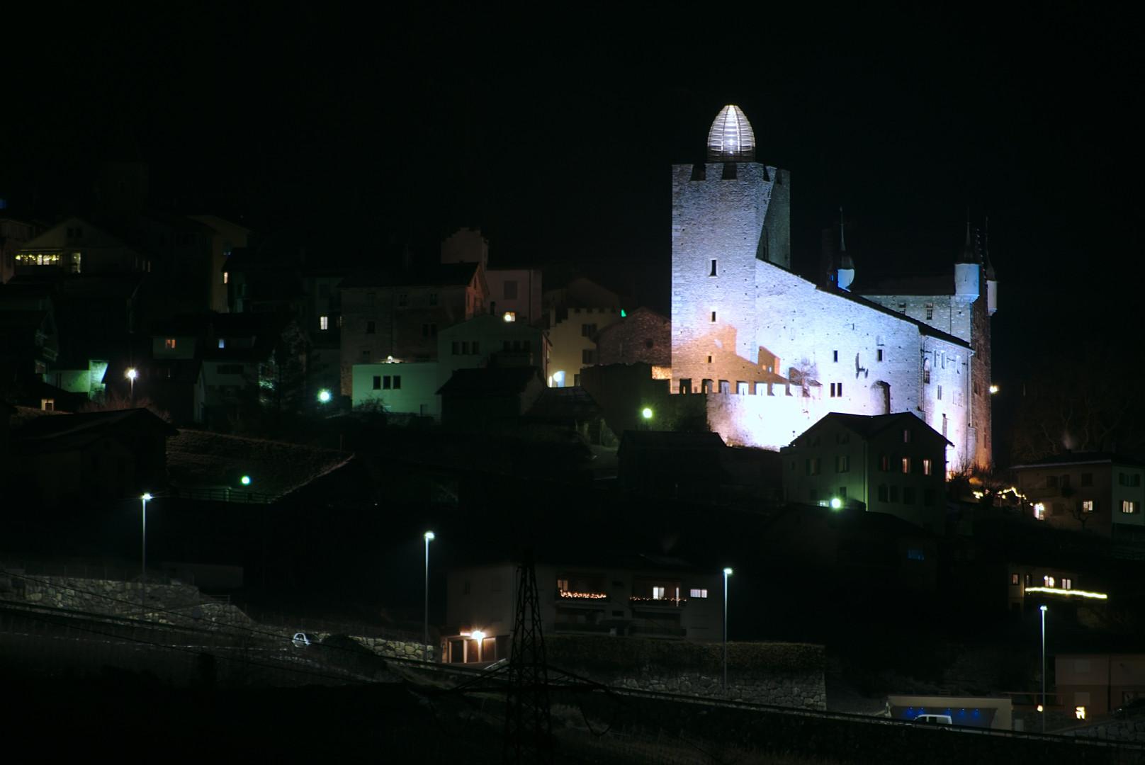 Beleuchtung vom Schloss Leuk