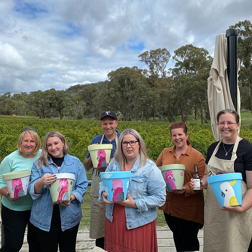 Paint in the Vines Harcourt Valley Winery Sunday 29 August from 1230pm