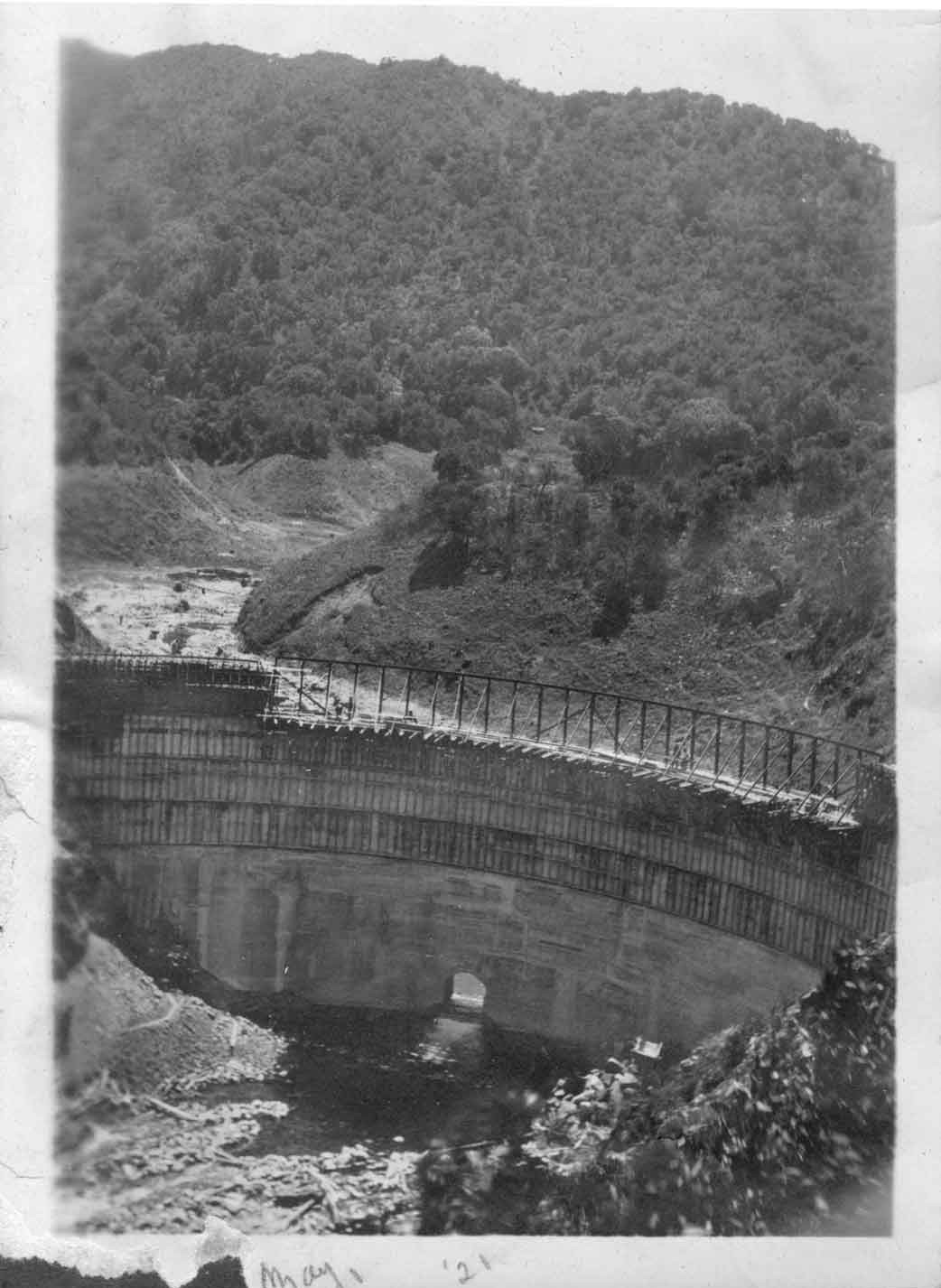 San Clemente Dam being built in 1921