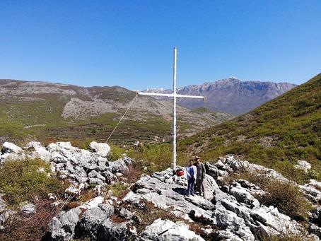 Day Hike to Goraj Cross