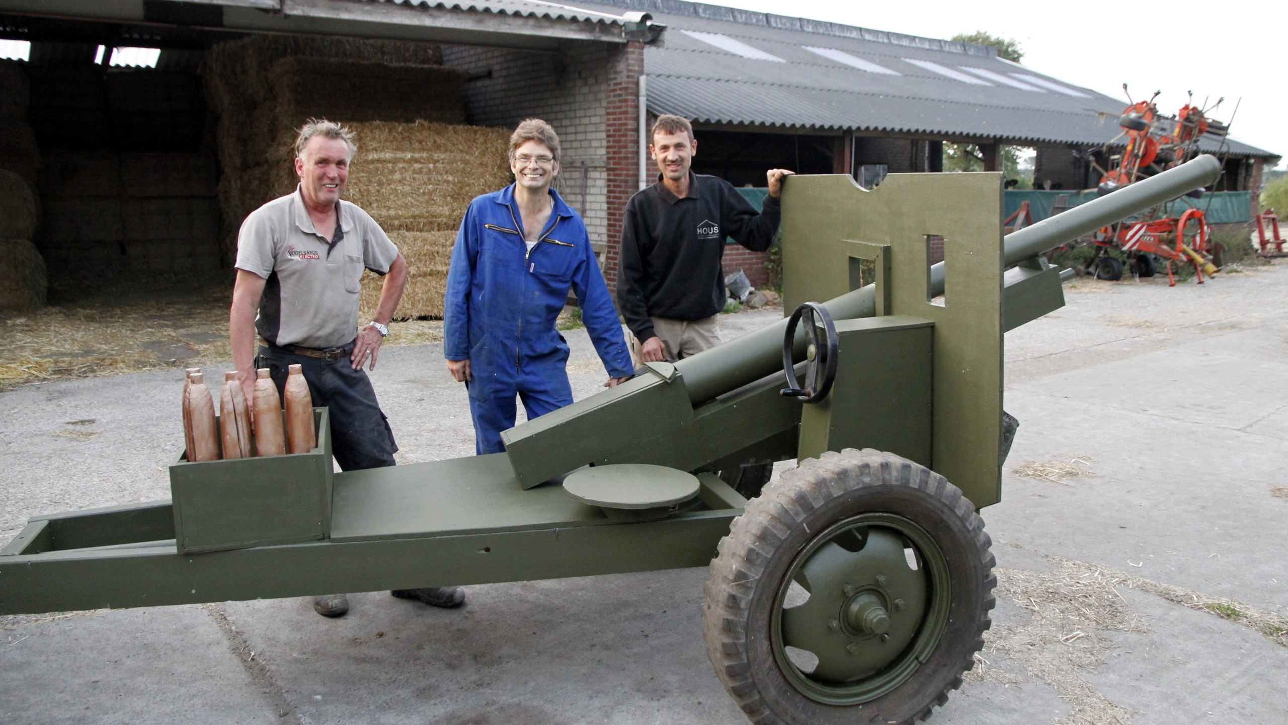 Gun Howitzer 9