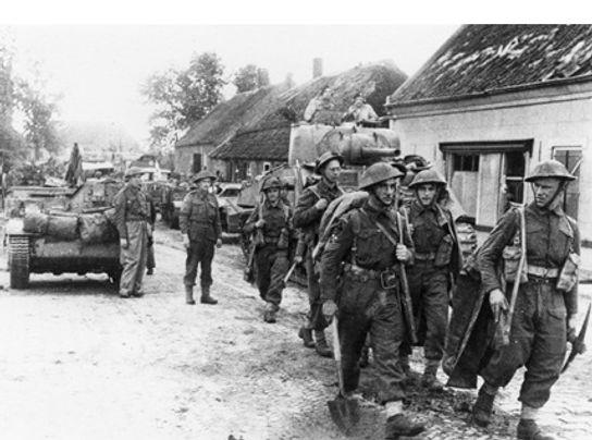 Vanaf 25 september 1944 verschijnen de Tommy's overal in de regio. (foto: collectie Christ Warnar)