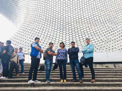 RECORRIDO A LAS INSTALACIONES DE LA BOLSA MEXICANA DE VALORES