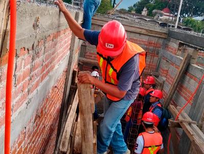 CONSTRUCCIÓN DE CASA HABITACIÓN TIPO COLONIAL