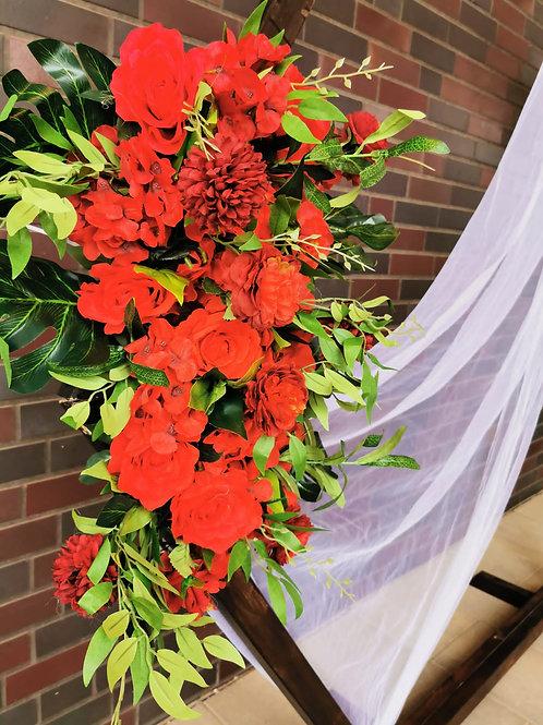 Kunstblumengesteck rot