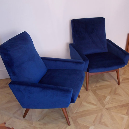 Pair of PARKER KNOLL 945/7 Cocktail Chairs with Arms