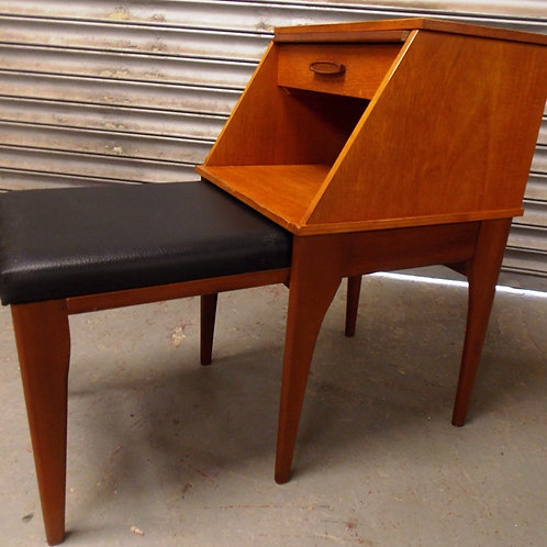 Mid-Century CHIPPY HEATH Telephone Table with Seat