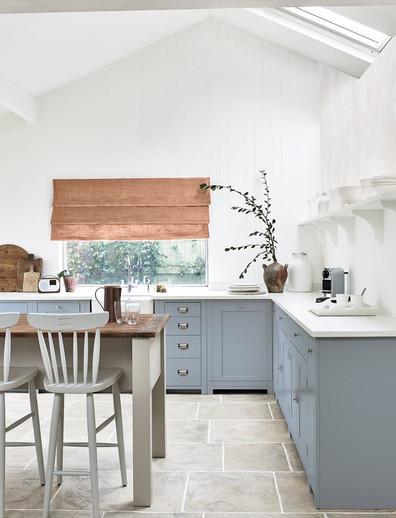 Neptune Suffolk Kitchen in Flax Blue
