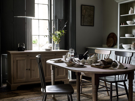 A smooth transition: blending the dining room into the kitchen