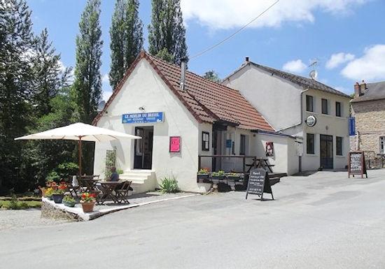 Restaurant, bar, gites & houses ~ Restaurant, bar, gîtes et maisons