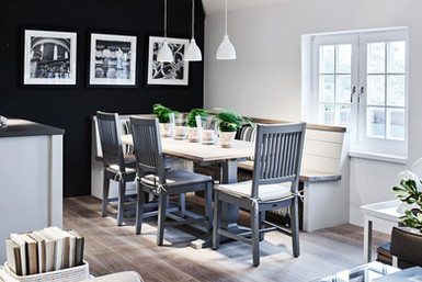 Harrogage Extending Table with Buckland Bench Seating