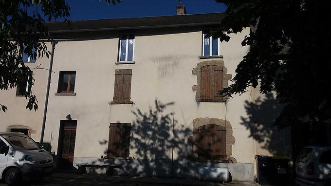 Traditional town house ~ Maison de ville traditionnelle