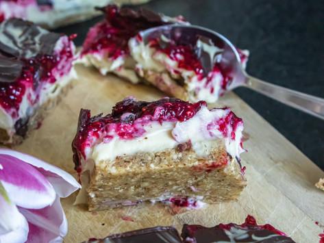 No-Bake Raspberry White Chocolate Mousse Bites