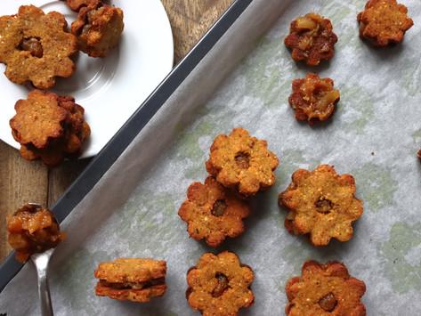 Cinnamon Honey Cookies with Pear Jam