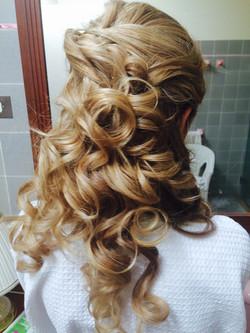 Wedding curls