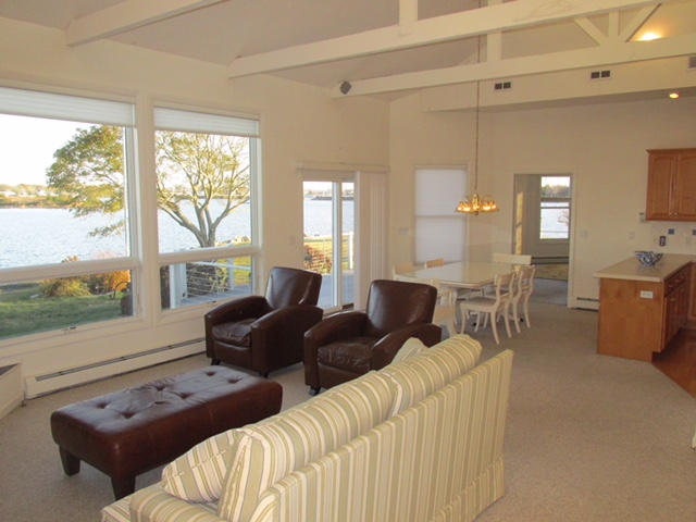 Full View Interior