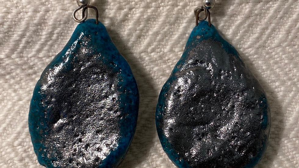Earrings with Teardrop Shape