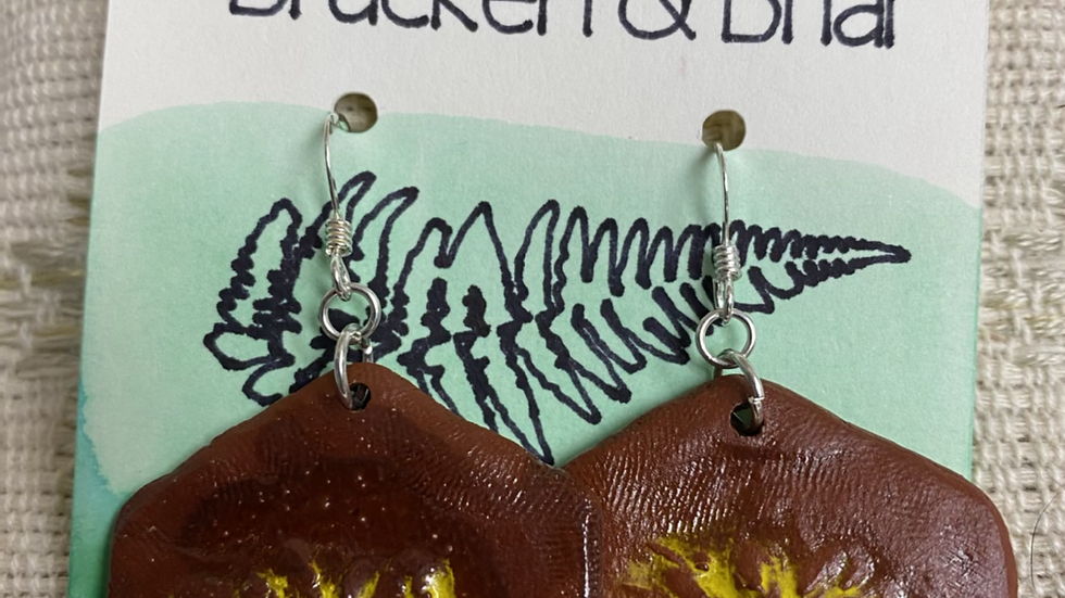 Earrings with Camomile