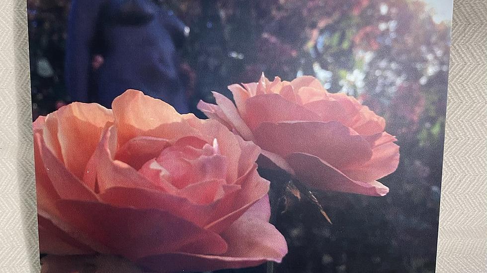 "8x8 Foam Tile ""Woman & Roses"""