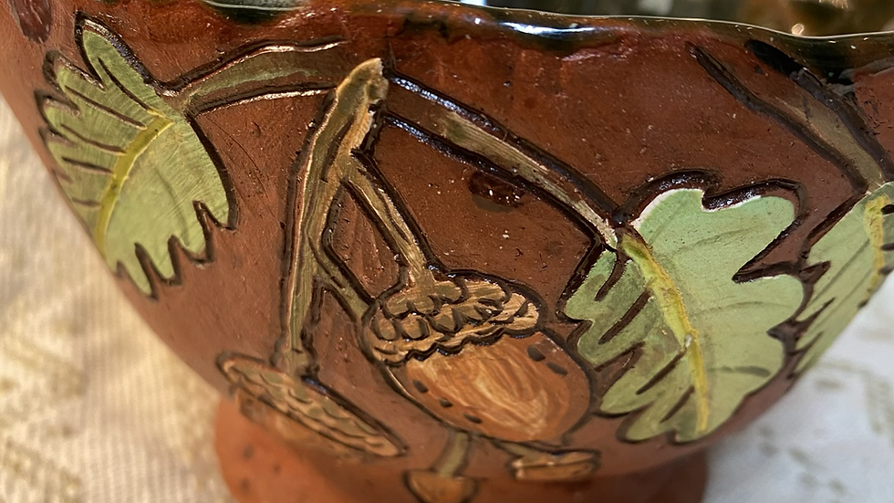 Serving Bowl with Acorns