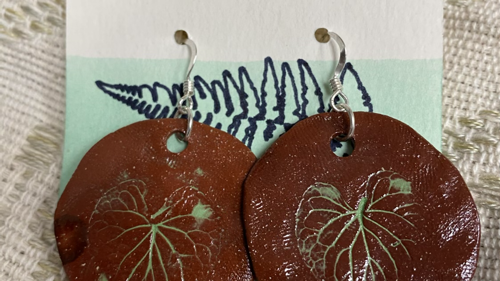 Earrings with Leaf