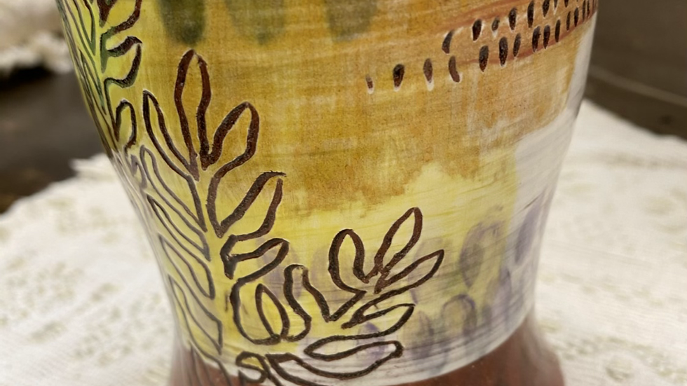 Tumbler with Yellow Abstract