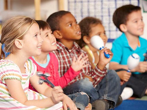 Musicalização   Creche, Berçário, Pré escola