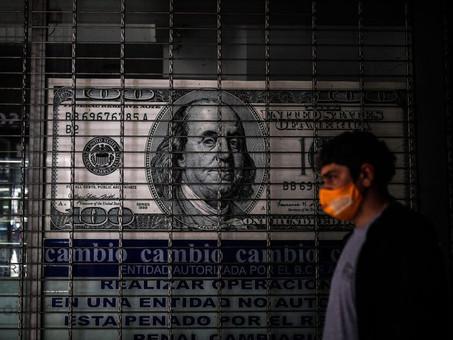 Argentinos olham para o futuro com poucas esperanças, mergulhados em sua enésima crise econômica