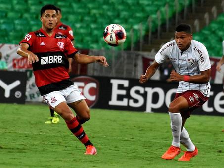 Fluminense vence Flamengo no Maracanã