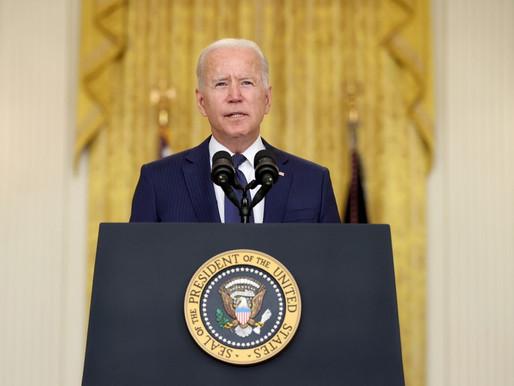 'Não perdoaremos e não esqueceremos', diz Biden sobre ataque terrorista a aeroporto no Afeganistão