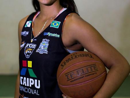 Atleta de Foz, Allanis Delboni é convocada para a Seleção Brasileira Feminina de Basquete Sub-18