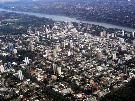 Foz do Iguaçu adota medidas restritivas aos finais de semana para reduzir transmissão da Covid-19