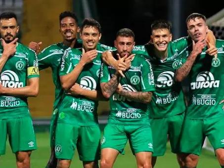 América-MG e Chapecoense sobem para a Série A com 4 rodadas de antecedência
