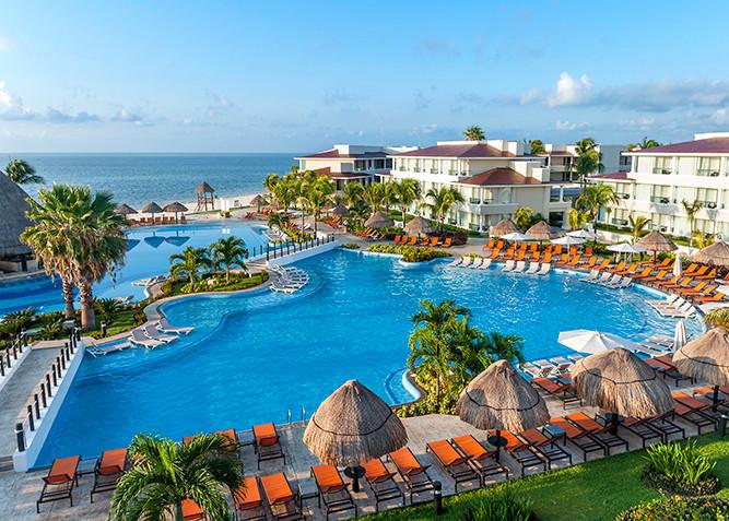 Moon Palace Cancun.jpg