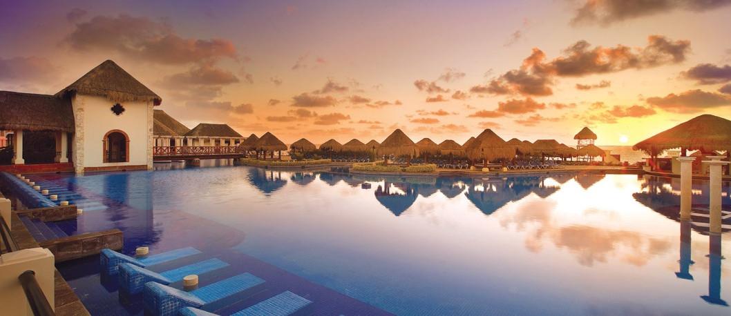 Jade Resort AMResort.jpg