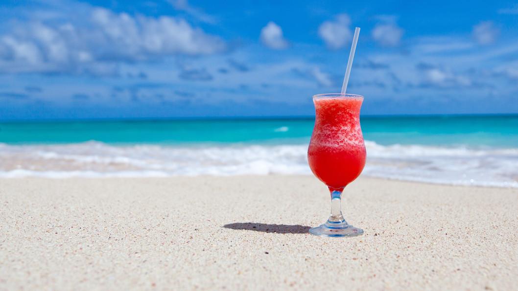beach-beverage-cocktail-68672.jpg