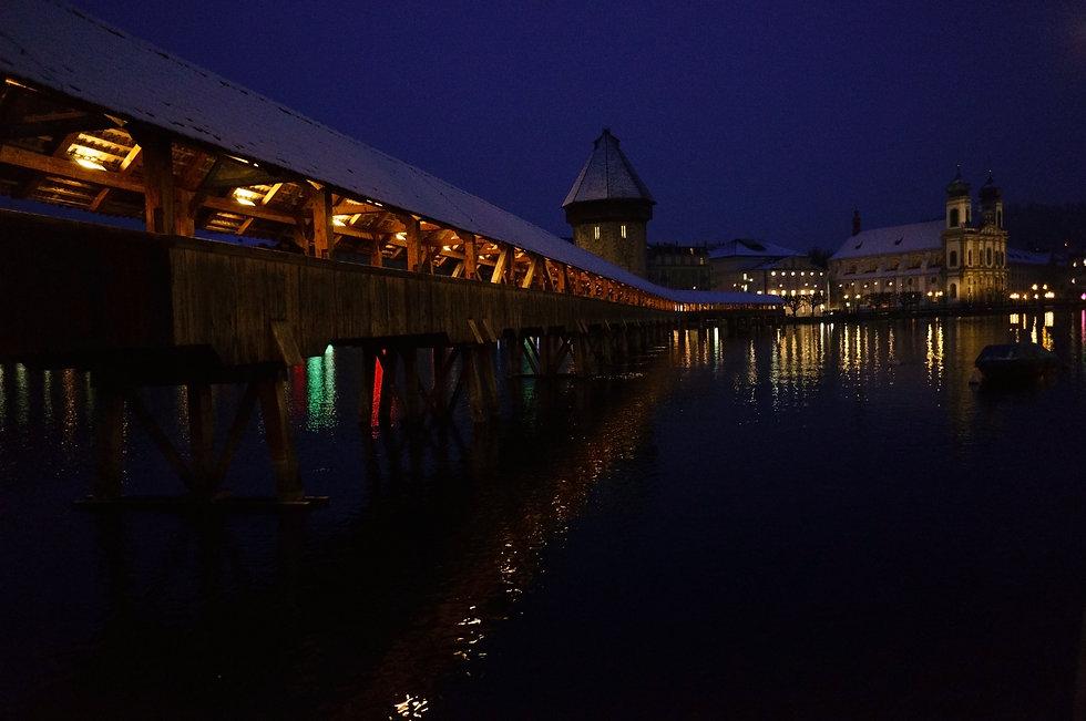 Lucerne Night 2 (DSC00064).jpg