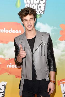 Nickelodeon+2016+Kids+Choice+Awards+Arrivals+pZHIcysj34Vl