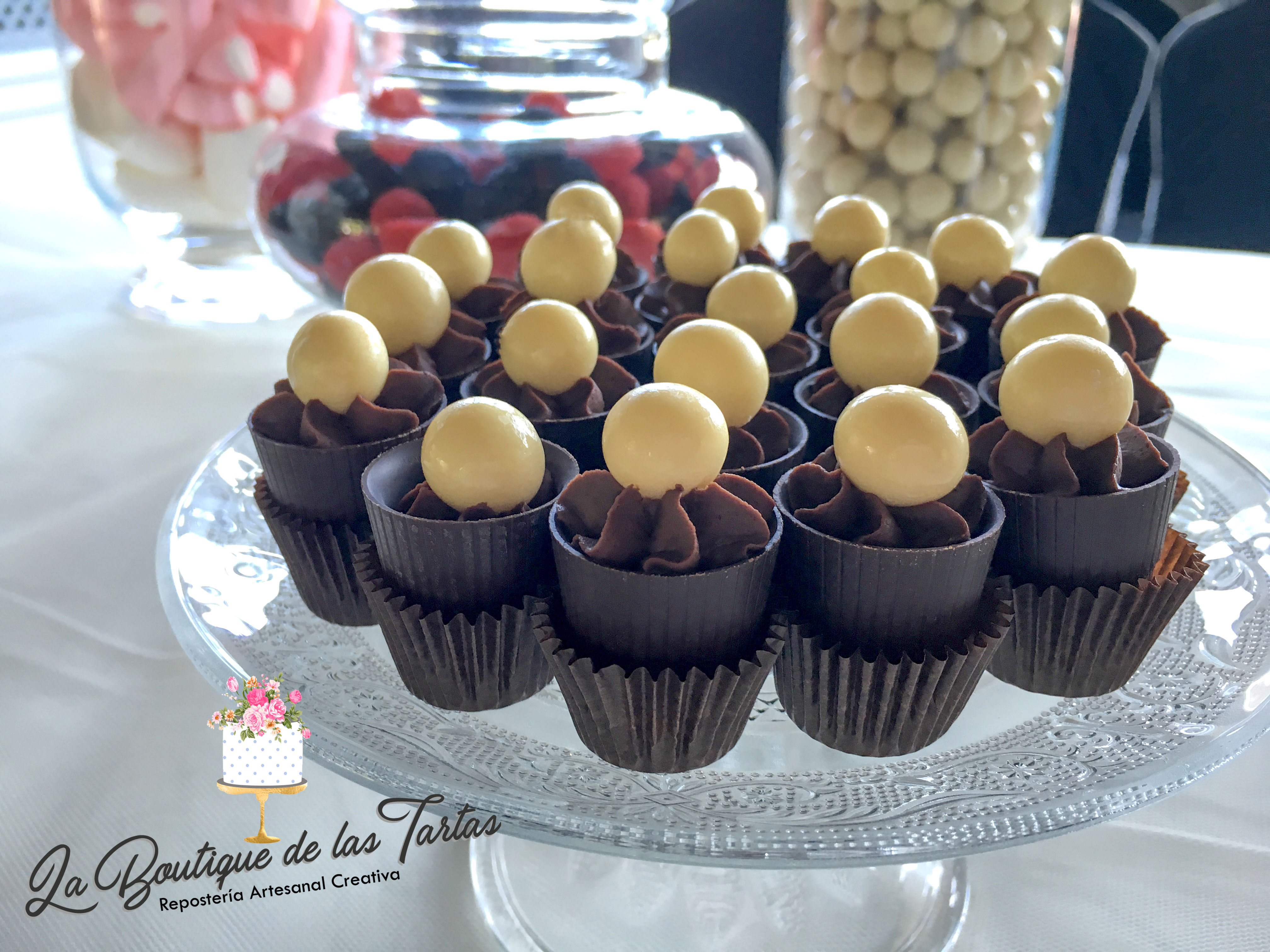 mesa_dulce_boda_cantabria_cubiletes_de_chocolate