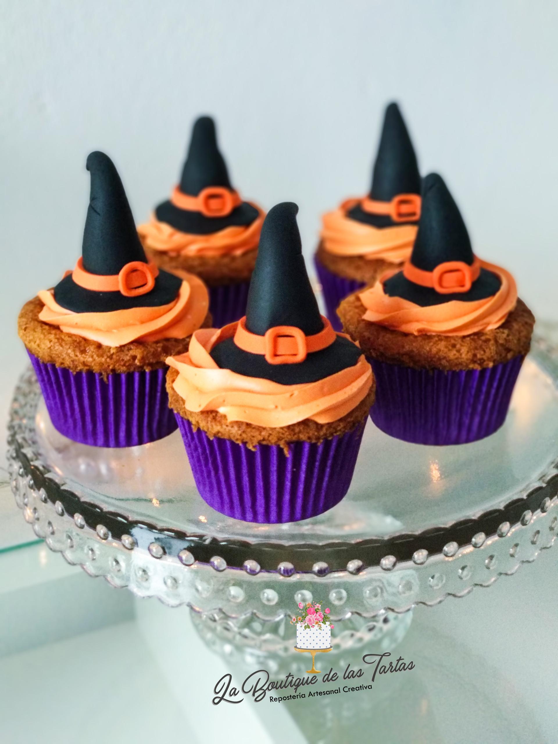 cupcakes hallowem bruja.jpg