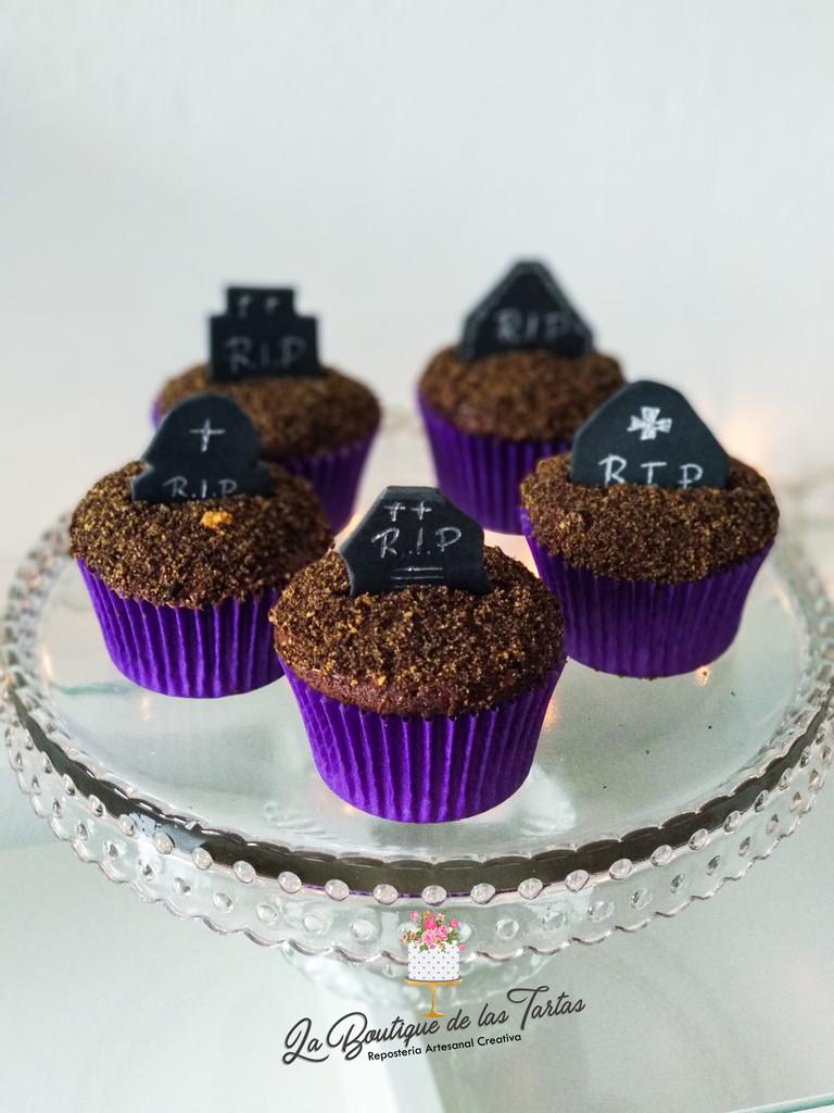 cupcakes hallowem tumba.jpg