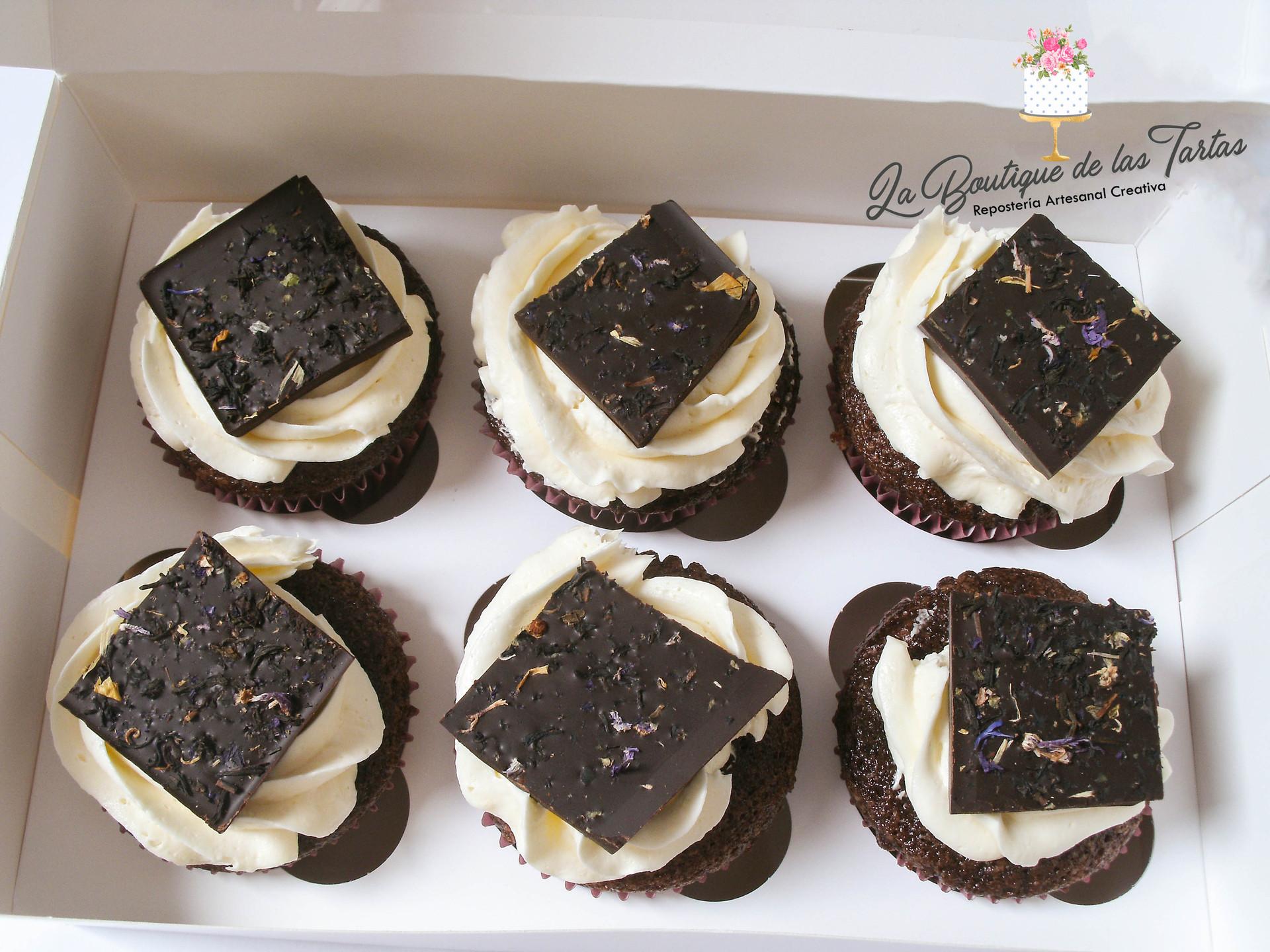 cupcakes con chocolate de flores