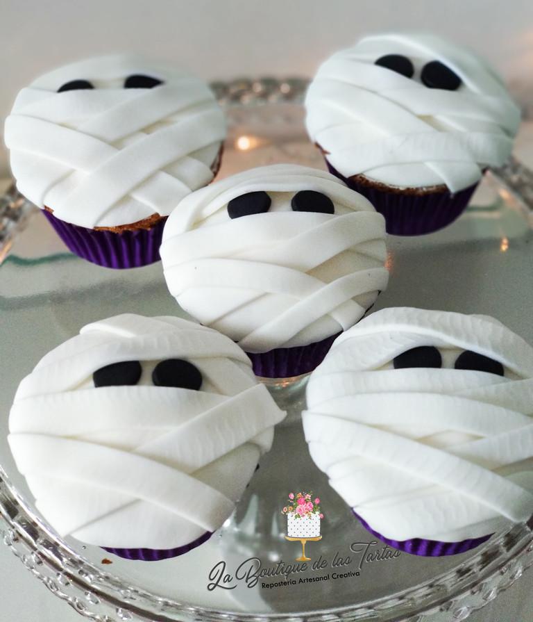 cupcakes hallowem momia.jpg
